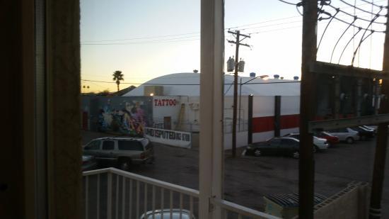 ستون إن: view from the window
