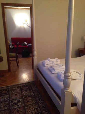 Camera da letto e salottino - Picture of Iseo Lago Hotel, Iseo ...