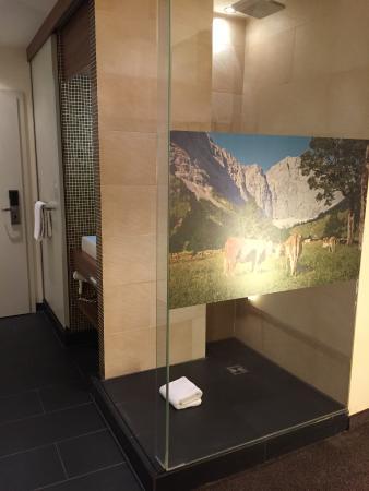 Hotel Cocoon Sendlinger Tor: Bathroom area