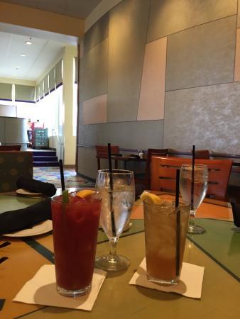 Solaris : Good drinks!!!