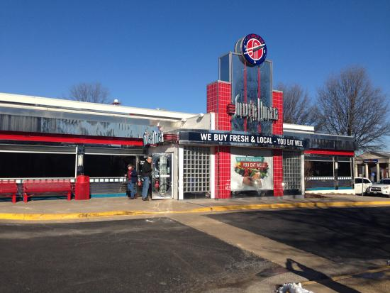 Silver Diner: Silver Dollar Tyson's Corner