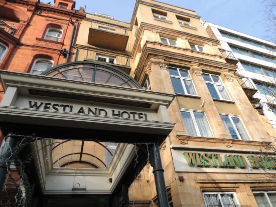 Westland Hotel Entrée