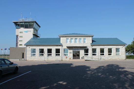 Kuressaare Airport Guesthouse