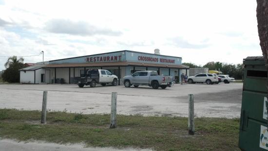 Crossroads Restaurant: outside