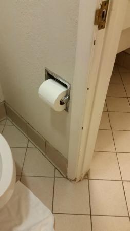 La Quinta Inn Pensacola : bathroom
