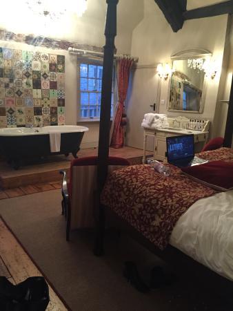 The White Hart Somerton: Room 3