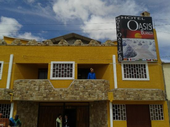 Oasisa Blanco Hotel