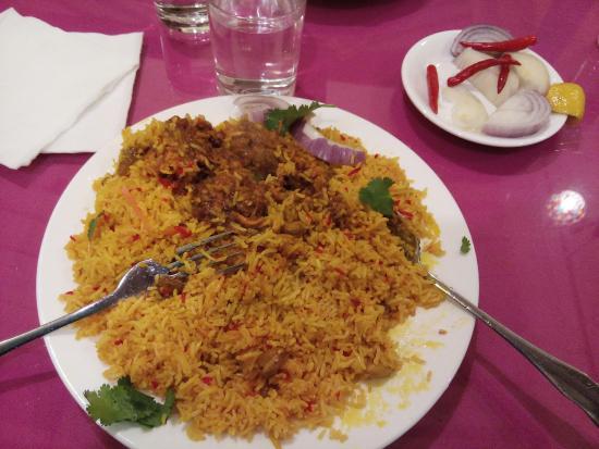 Kali Mirch (black pepper) Indian Cuisine: Chicken Biriani