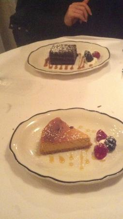 Bill's Townhouse: Dessert - simple but tasty