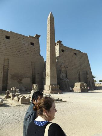 Discover Luxor : Owees talking us through the entrance to Luxor Temple and the Avenue of Sphinx's