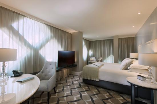 Mayfair Hotel Deluxe King Room