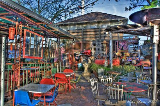 Spider House Cafe And Ballroom: Great Patio Shot