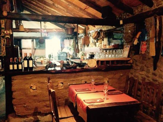 A fuego lento cocina de campo los reartes fotos n mero de tel fono y restaurante opiniones - Cocina de fuego ...