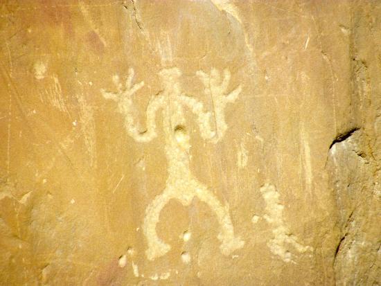 Pueblo Bonito: Shaman petroglyph