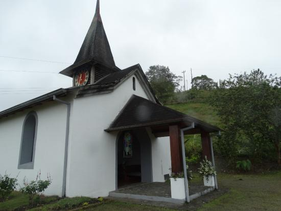 Hotel Los Heroes : Una hermosa y acogedora capilla
