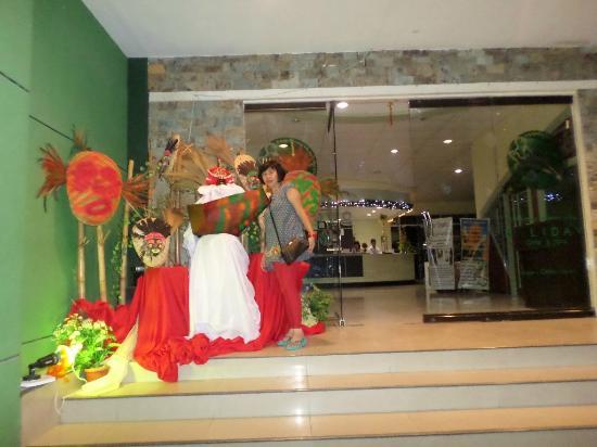 Holiday Spa Hotel : @hotel entrance