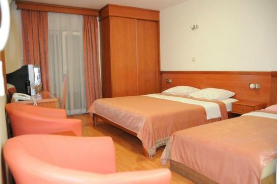 Hotel Mena: tripple room