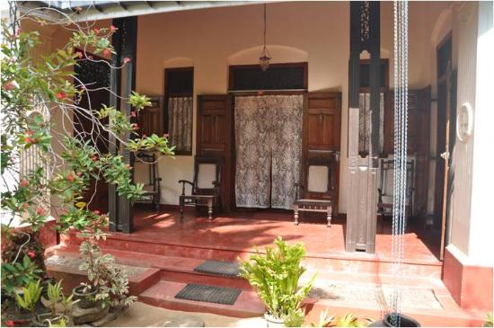 Walauwa Villa Ahungalla