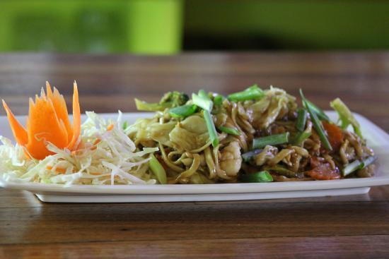 GREENS : Pad Thai - Our Thai Noodles
