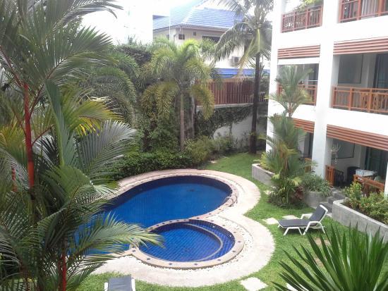 Surin Sabai Condominium: piscine hotel
