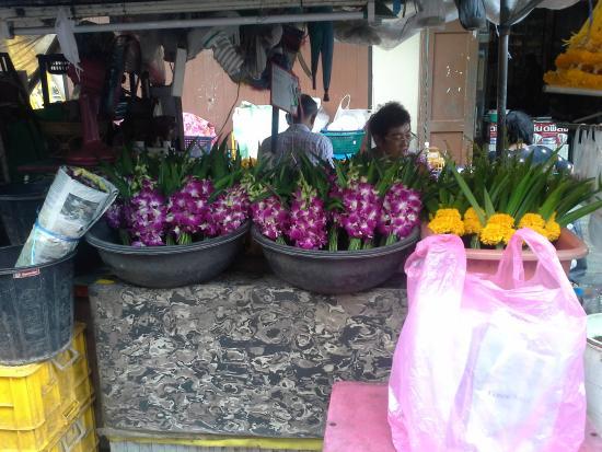 Surin Sabai : marché  surin beach