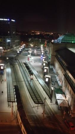 InterCityHotel Mannheim: Station