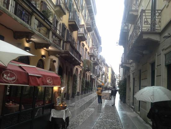 Gucci shop on via brera picture of brera district milan for Brera district
