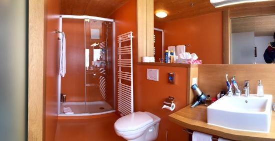 Hotel Wetterhorn : Bathroom