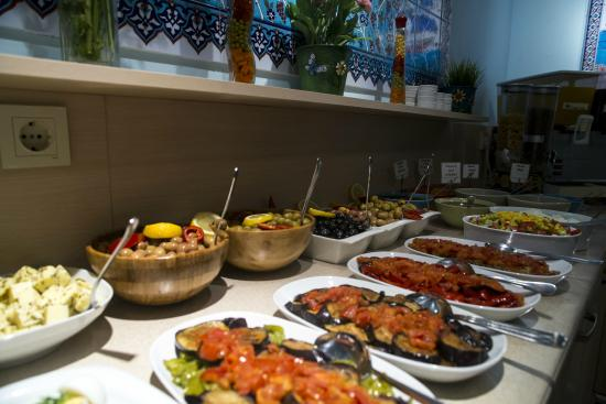 Tashkonak Hotel: Buffet Breakfast