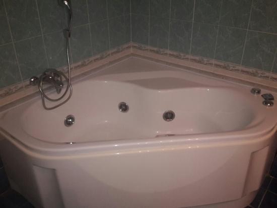 Vasca da bagno foto di grand hotel admiral palace - Foto vasca da bagno ...