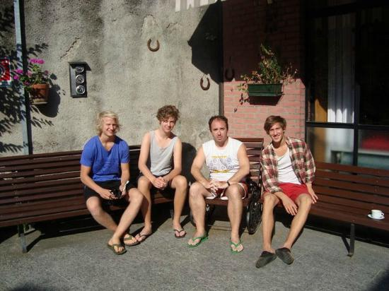 Ostello Villa Olmo: Me and some Swedishes guests
