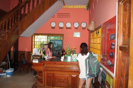 Jasmine Garden Villa: Ресепшн