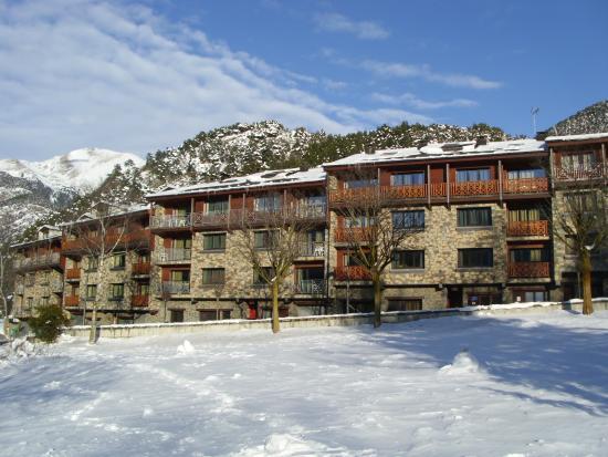 Apartaments Giberga: Giberga desde en frente