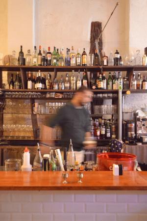 Ristorante ruggine in bologna con cucina italiana for Ruggine bologna