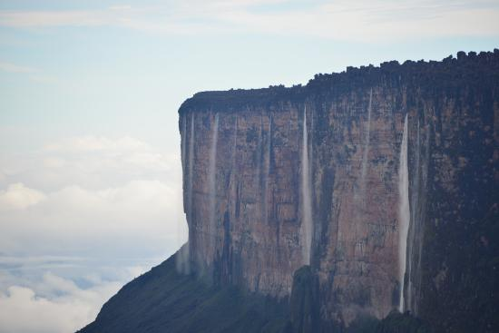 the slopes up to Roraima - Picture of Mount Roraima ...