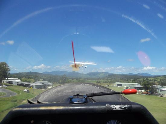Boonah Gliding Club: going up