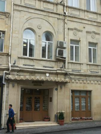 entrance of Azcot Hotel