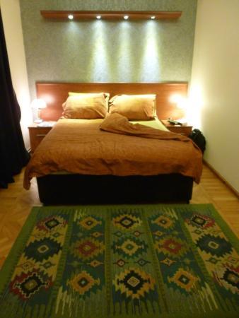 Azcot Hotel: bedroom