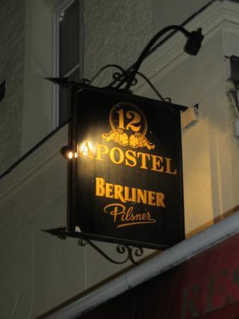 12 Apostel: Restaurant sign
