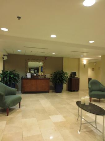Four Points by Sheraton Caguas Real Hotel & Casino: lobby