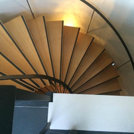 I'zaz Lofts: Main stairwell