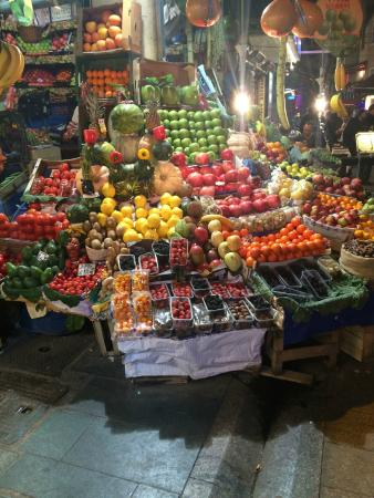 I'zaz Lofts: Market down street