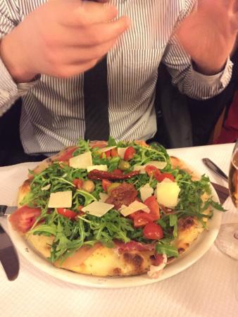 Ristorante Paradiso: Pizza Blanche Jambon de Parme Roquette