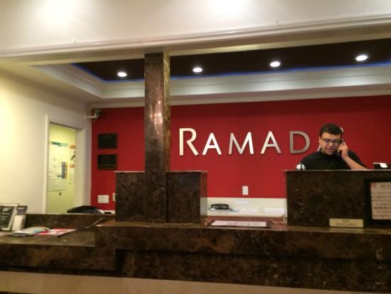 Ramada Torrance: Lobby front