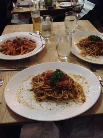 Rustico Bistro: Linguine palermitano and penne arrabbiata! Delicious!