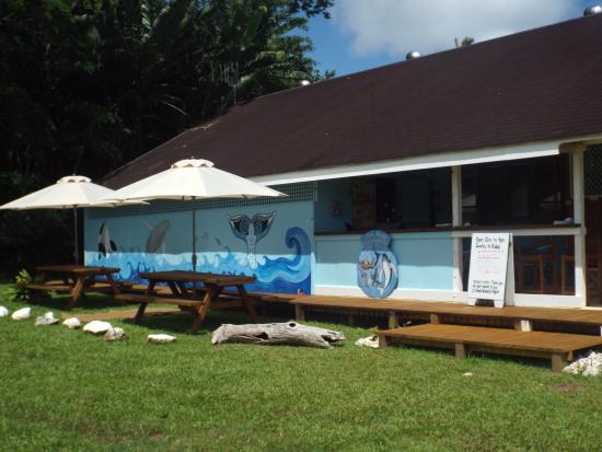 Cook Islands Whale and Wildlife Centre : A great place to visit