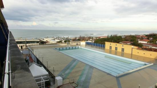 Grand Hotel Continental : piscina in inverno