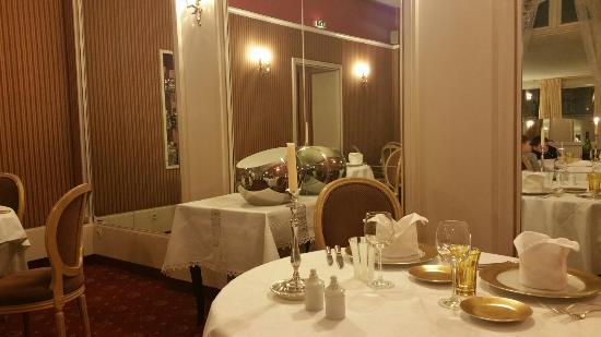 Restaurant des Cours : Un décor magnifique