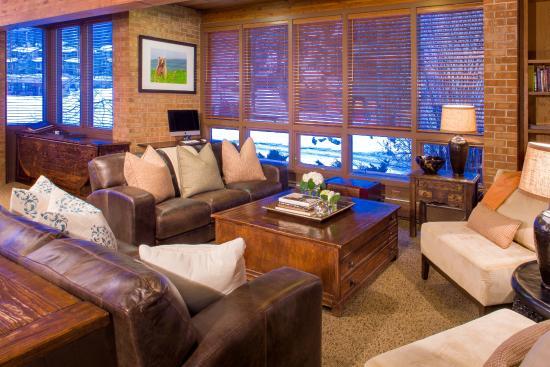 Snowmass Mountain Chalet: lobby