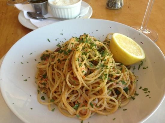 Marco Paulo World Food Bistro: Prawn and chourico pasta